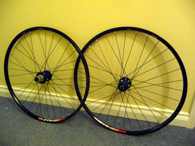 Picture of completed A2z/Crest/DT Swiss supercomp 1420g wheelset