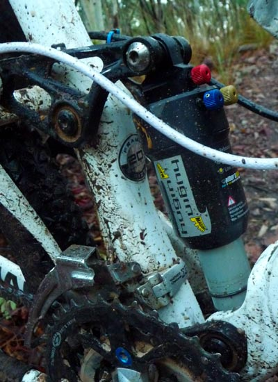 Close-up of Magura Hugin shock installed on Anthem X frame