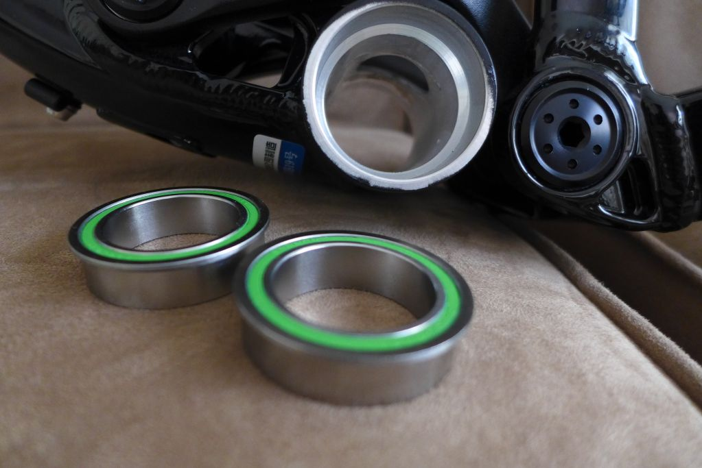 Enduro 30mm ID bearings for use with BB92 / PF92 bottom brackets